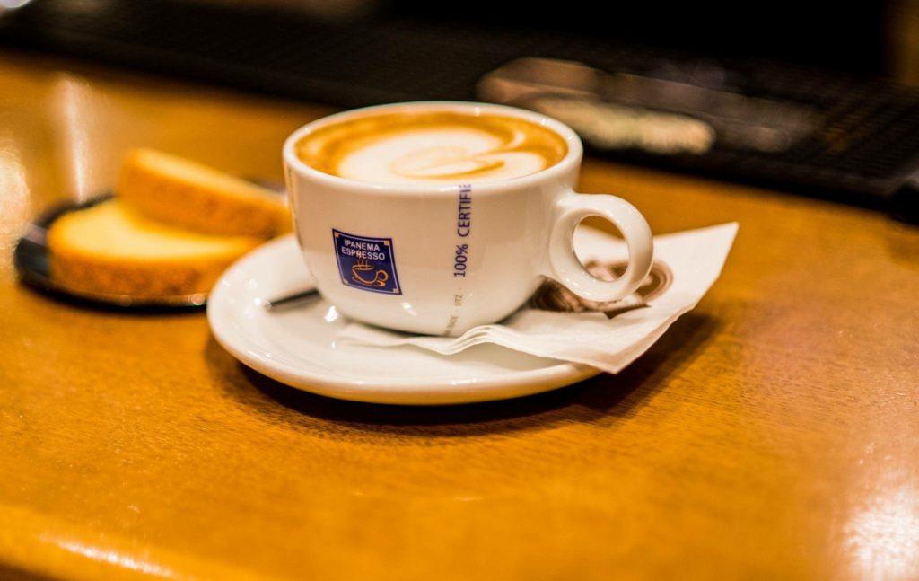 taza de café de ipanema espresso